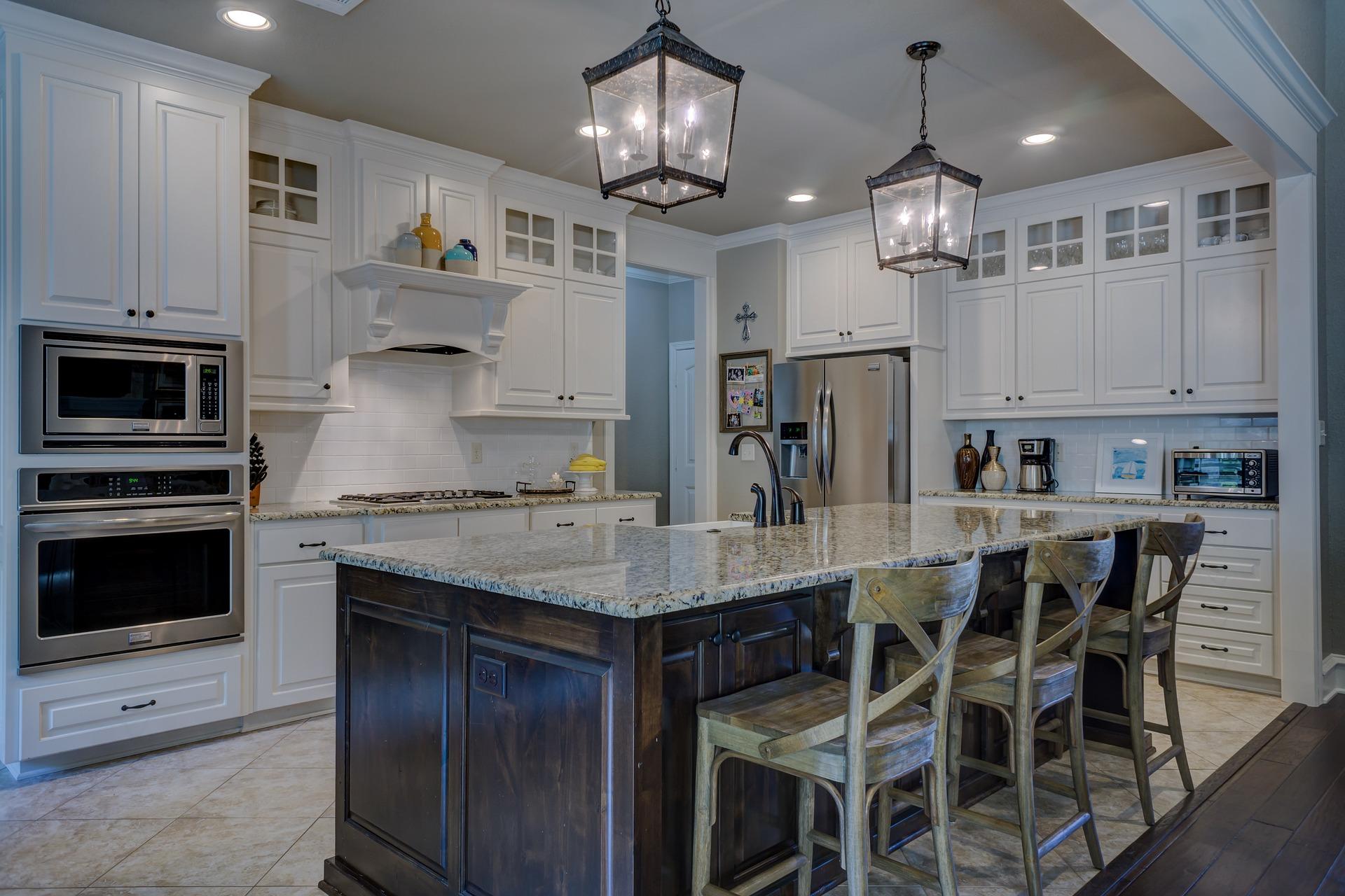 Lampy wiszace nowoczesne w kuchni